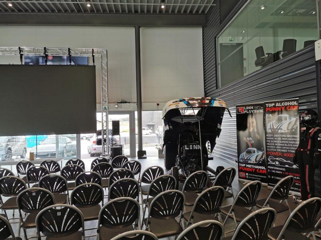 Utstilling og foredrag på Porsche-senteret 2019